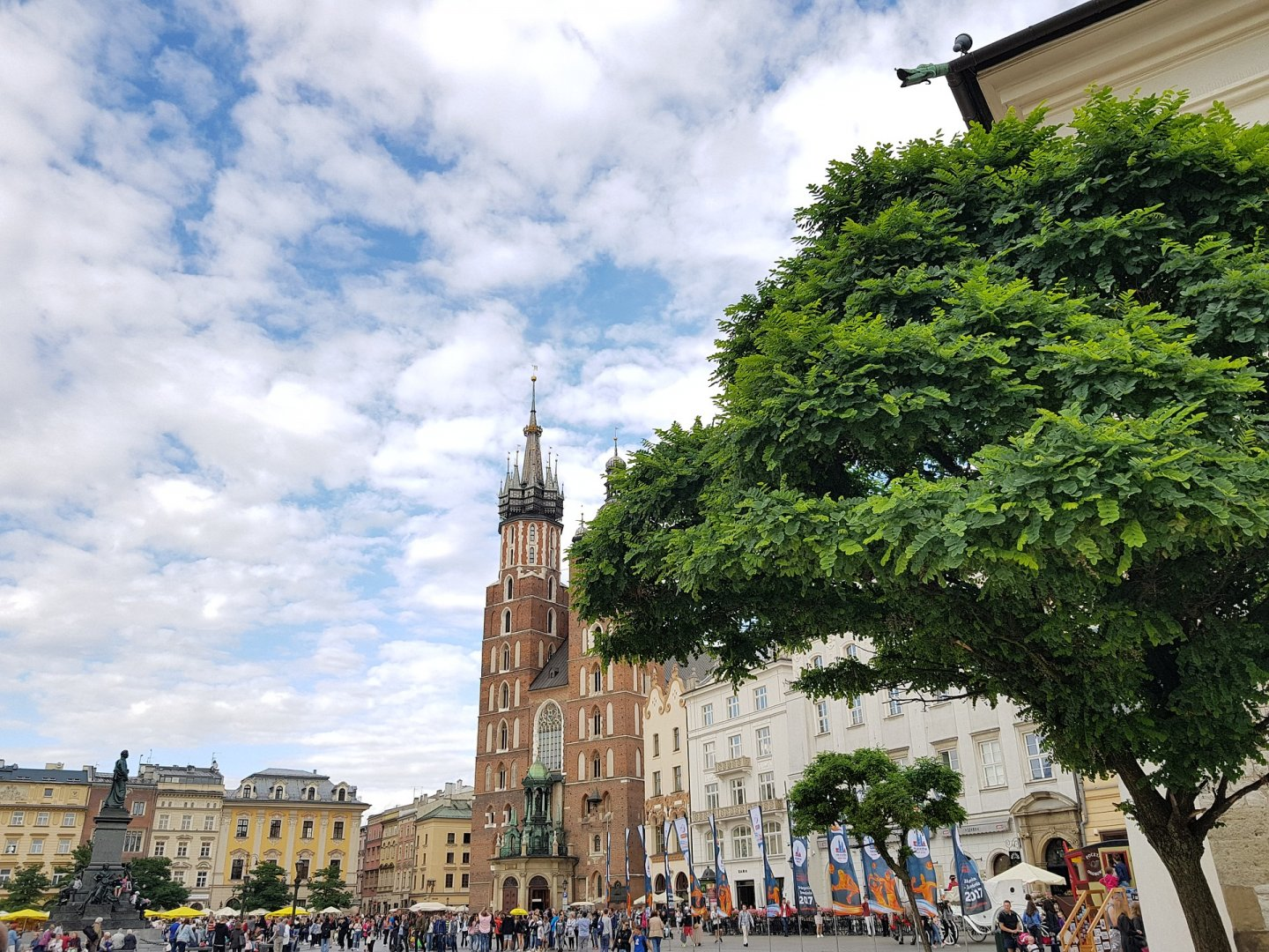 CRACOVIA: CASCO ANTIGUO